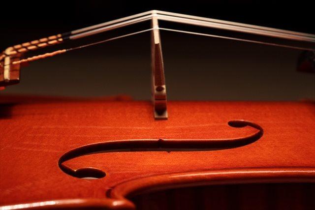 最新作ヴァイオリン、クレモネーゼモデルのご紹介_d0047461_05495589.jpg