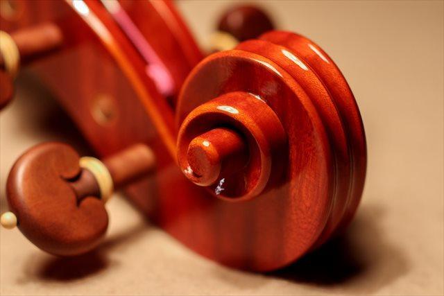 最新作ヴァイオリン、クレモネーゼモデルのご紹介_d0047461_05500492.jpg