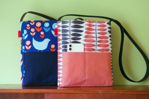 「shoulder bag 」with back pockets_e0243765_13443479.jpg