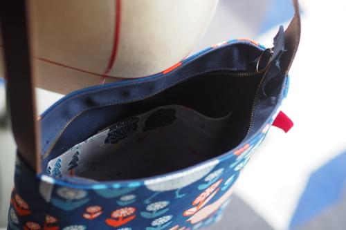 「shoulder bag 」with back pockets_e0243765_13444924.jpg