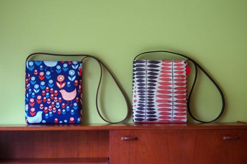 「shoulder bag 」with back pockets_e0243765_13453242.jpg