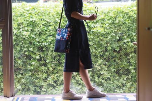 「shoulder bag 」with back pockets_e0243765_14572094.jpg