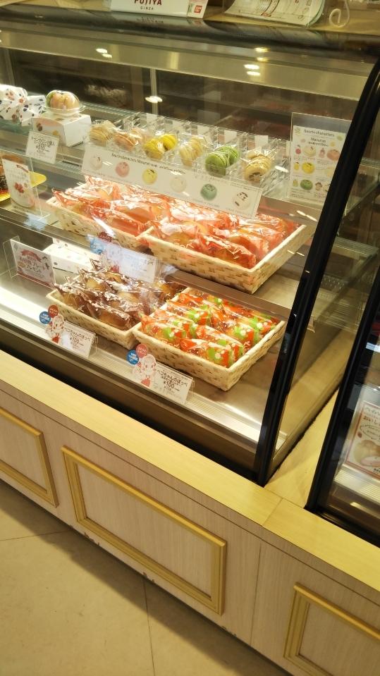 不二家 フィーストタウン塩山店 ケーキ食べ放題_f0076001_22373445.jpg