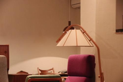 『Jan Wickelgren Stand Lamp』_c0211307_14372853.jpg