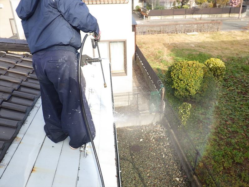 屋根と外壁の塗装リフォーム_f0105112_05065462.jpg