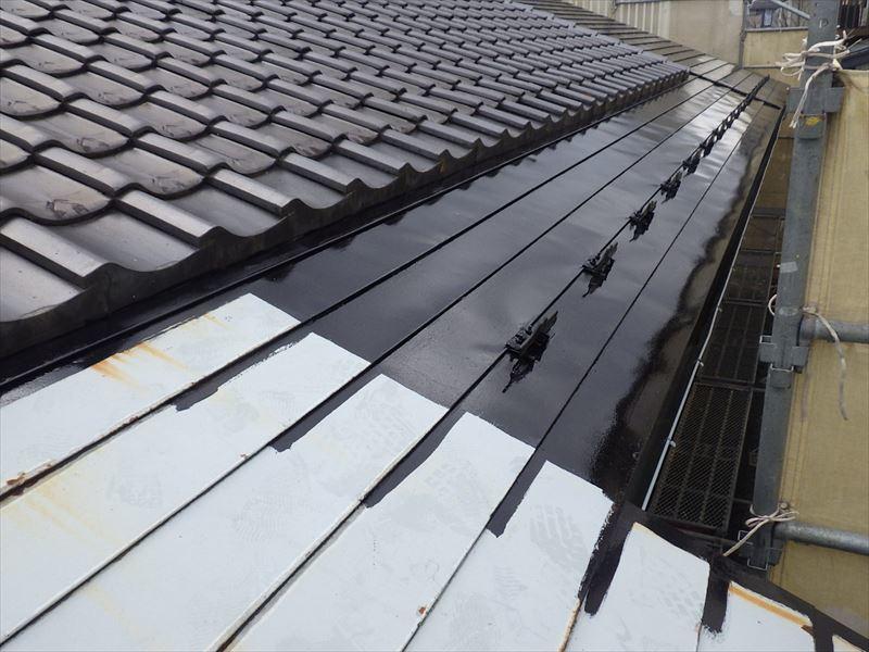 屋根と外壁の塗装リフォーム_f0105112_05120471.jpg