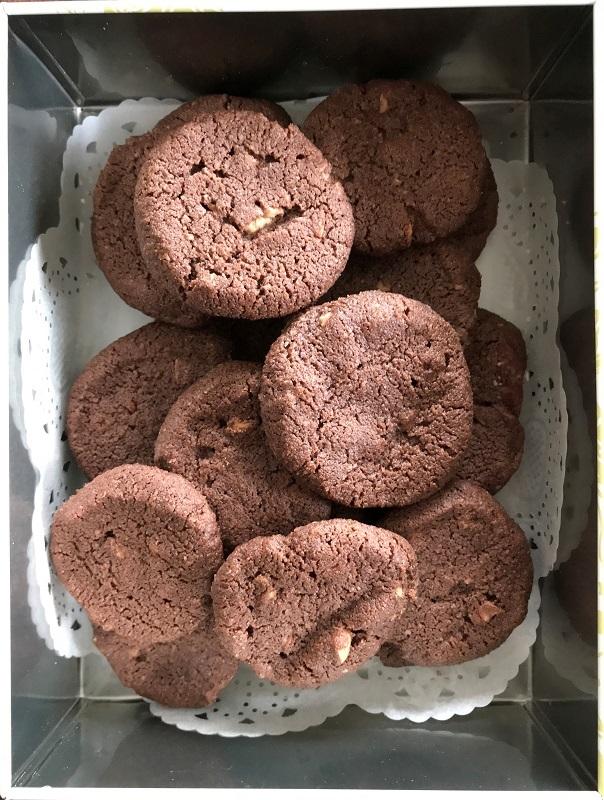 塩チョコクッキー・・・(4541)_e0349324_17095903.jpg