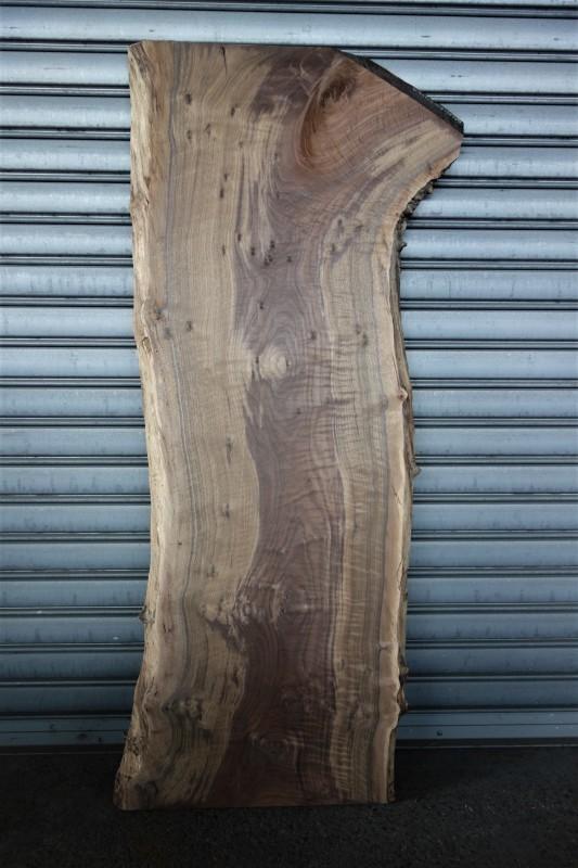 クラロウォルナット Claro walnut 一枚板 _e0156341_08161775.jpg