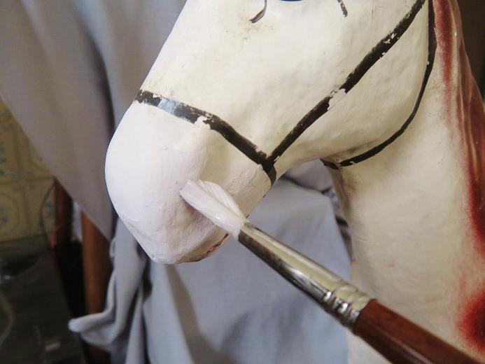 パピエマシェ製の馬の引き車 其の八_e0074478_18013424.jpg