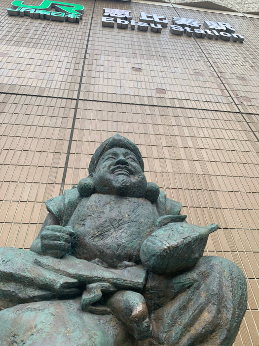 「JR恵比寿駅の恵比寿像の謎」_a0037910_17431831.jpg
