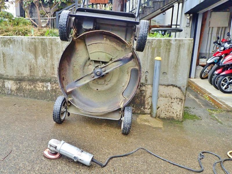 連休中には「芝刈り機の整備」を行いました_c0336902_20352065.jpg
