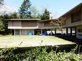 吉村順三の軽井沢の家を見学しました。_c0195909_11122088.jpg