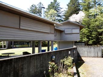 吉村順三の軽井沢の家を見学しました。_c0195909_11123055.jpg