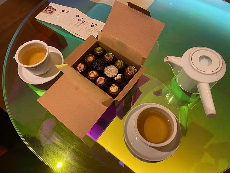 W大阪の夜と飲茶ディナー_e0401509_09235003.jpg