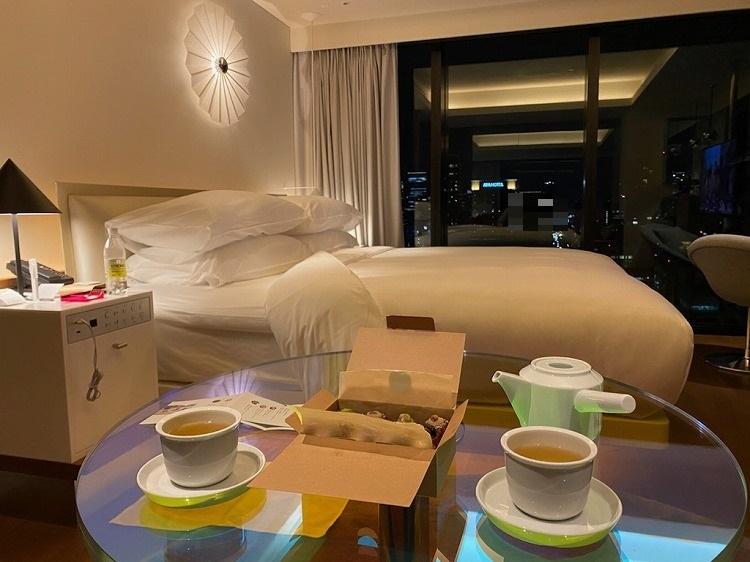 W大阪の夜と飲茶ディナー_e0401509_09235087.jpg