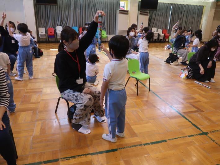 5月11日 年長組 母の日参観_a0212624_15181893.jpg