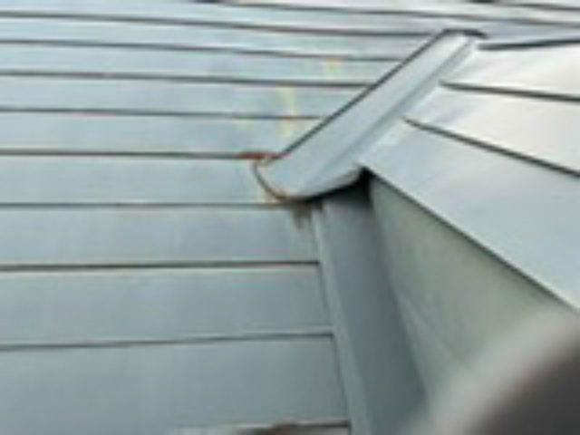 雨漏り天窓修理とクロス修理_f0031037_18472124.jpg
