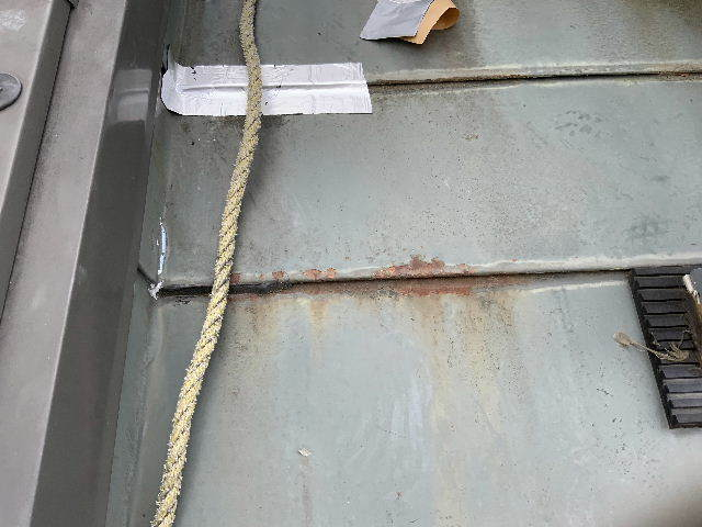 雨漏り天窓修理とクロス修理_f0031037_19130923.jpg