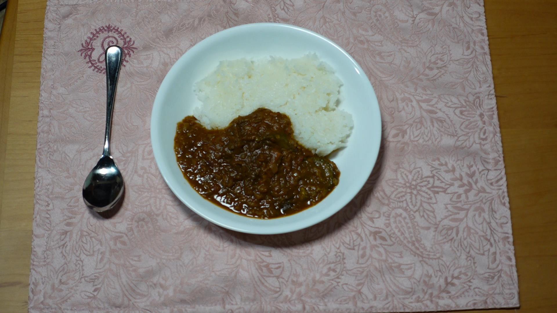 「南御堂カレー」を「お仏飯」で食べました_b0400632_17182963.jpg