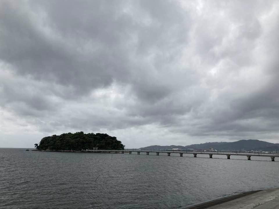 雨の前のランニング_d0166534_13592489.jpg