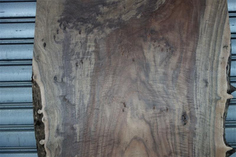 クラロウォルナット Claro walnut 一枚板 A❸_e0156341_07391509.jpg