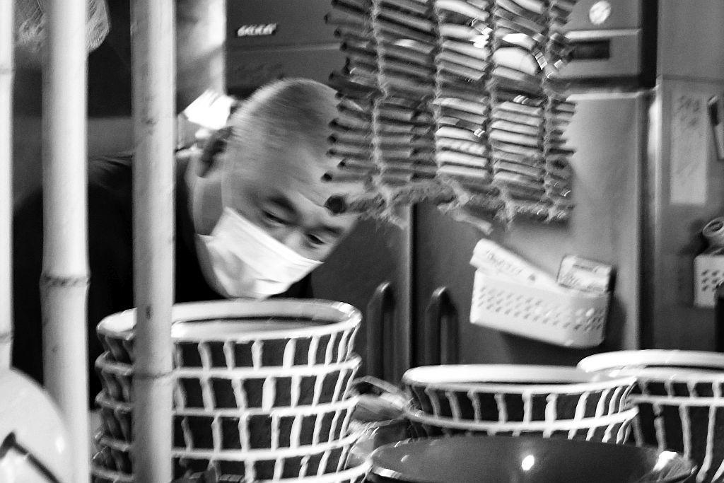 三方原町「時代麺房 ライオン」でチャーシューワンタンメン_e0220163_16340323.jpg