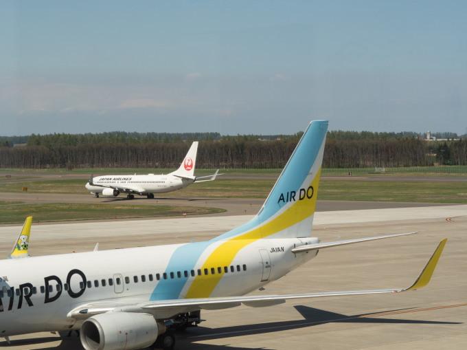 「とかち帯広空港」現在1日4便、飛行機の離発着を見学!_f0276498_23345980.jpg