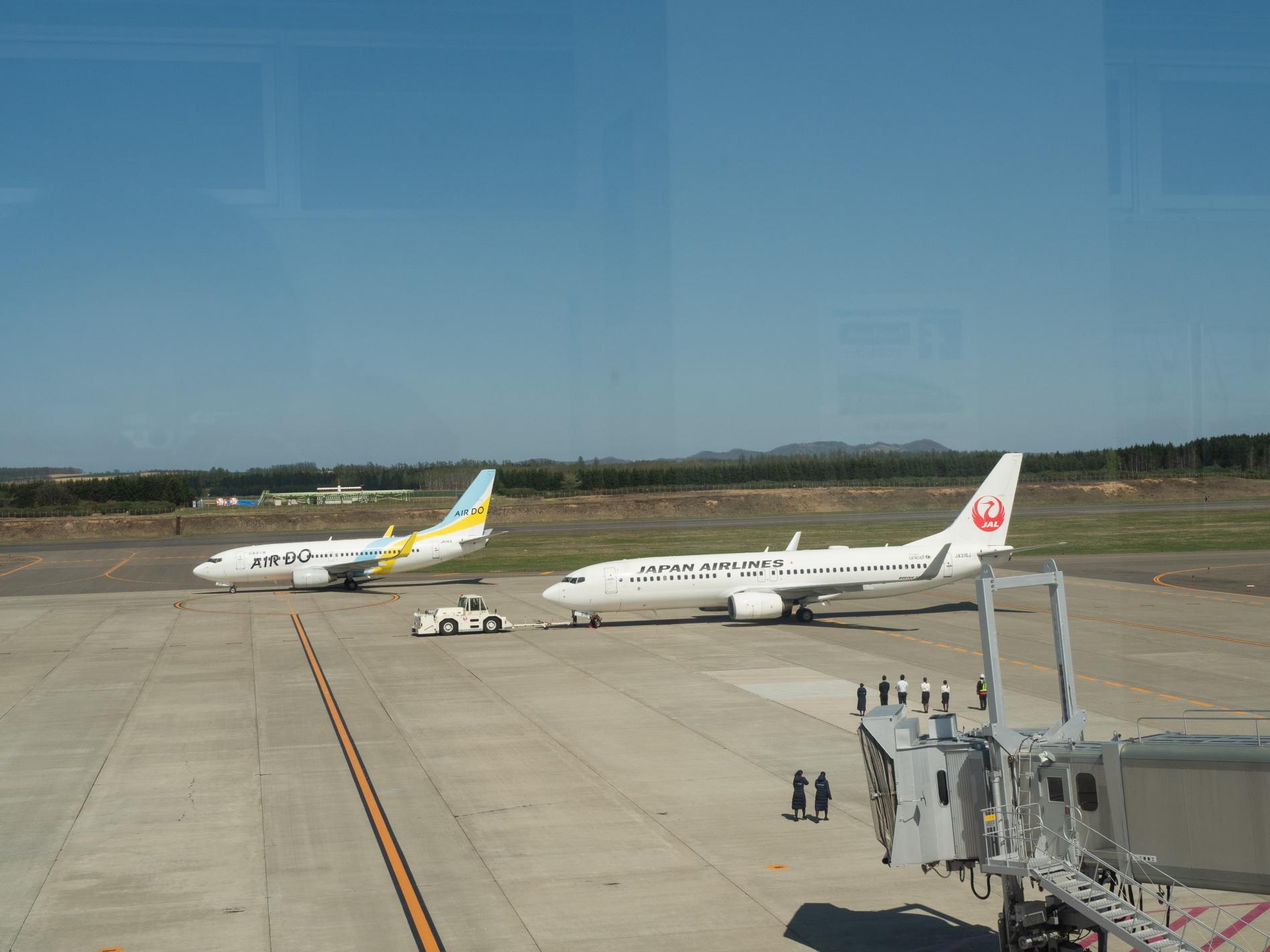 「とかち帯広空港」現在1日4便、飛行機の離発着を見学!_f0276498_23364189.jpg