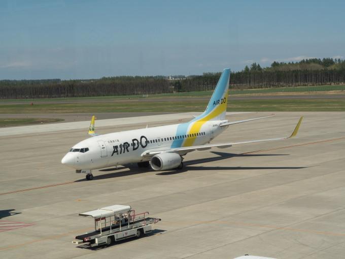 「とかち帯広空港」現在1日4便、飛行機の離発着を見学!_f0276498_23365281.jpg