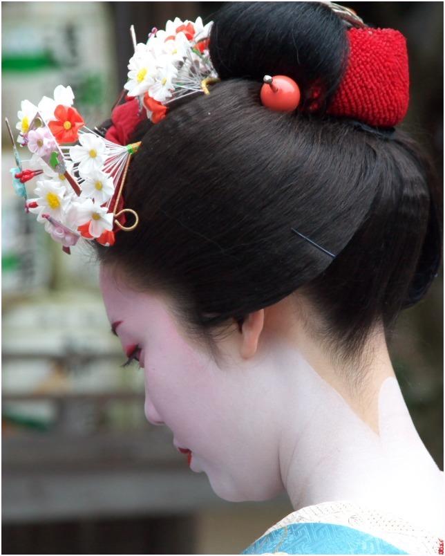 < 舞妓さん ⑧ >_c0036080_15291379.jpg