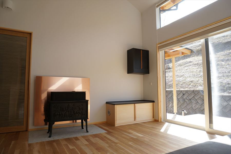 「黒石野の住宅」 完成写真②_f0105112_04323521.jpg