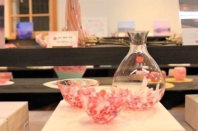 津軽びいどろ企画展「桜色の世界」_d0131668_16192245.jpg