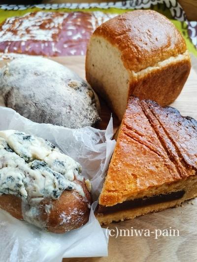 え、てこ とは私にドツボのパン屋さんに出会ったぇてこと?!_e0197587_11512218.jpg