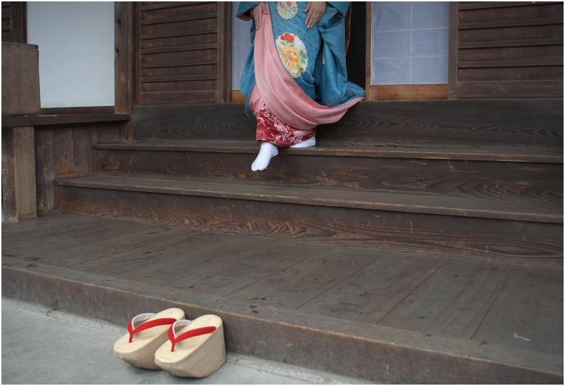 < 舞妓さん ⑩ >_c0036080_15151574.jpg