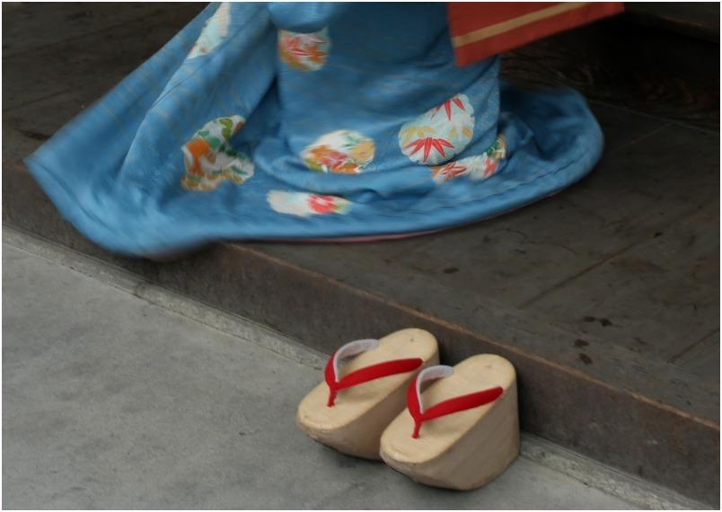 < 舞妓さん ⑩ >_c0036080_15155911.jpg