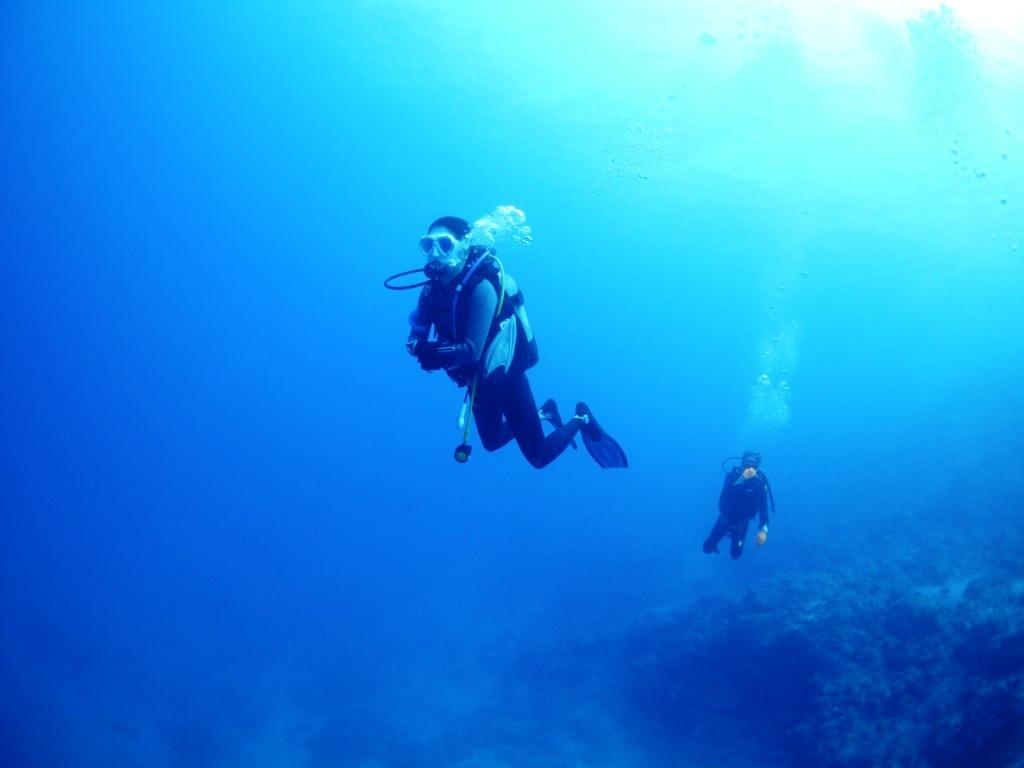 青い名蔵湾は久しぶり(#^^#)_a0189838_11583166.jpg