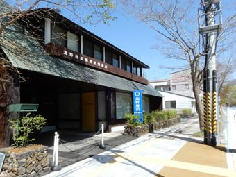 軽井沢で好きな建築と出会いました。_c0195909_10082142.jpg