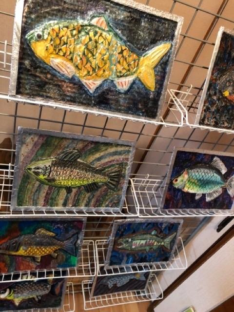 稲沢教室、アルミの魚を展示しています。_f0373324_19452009.jpg