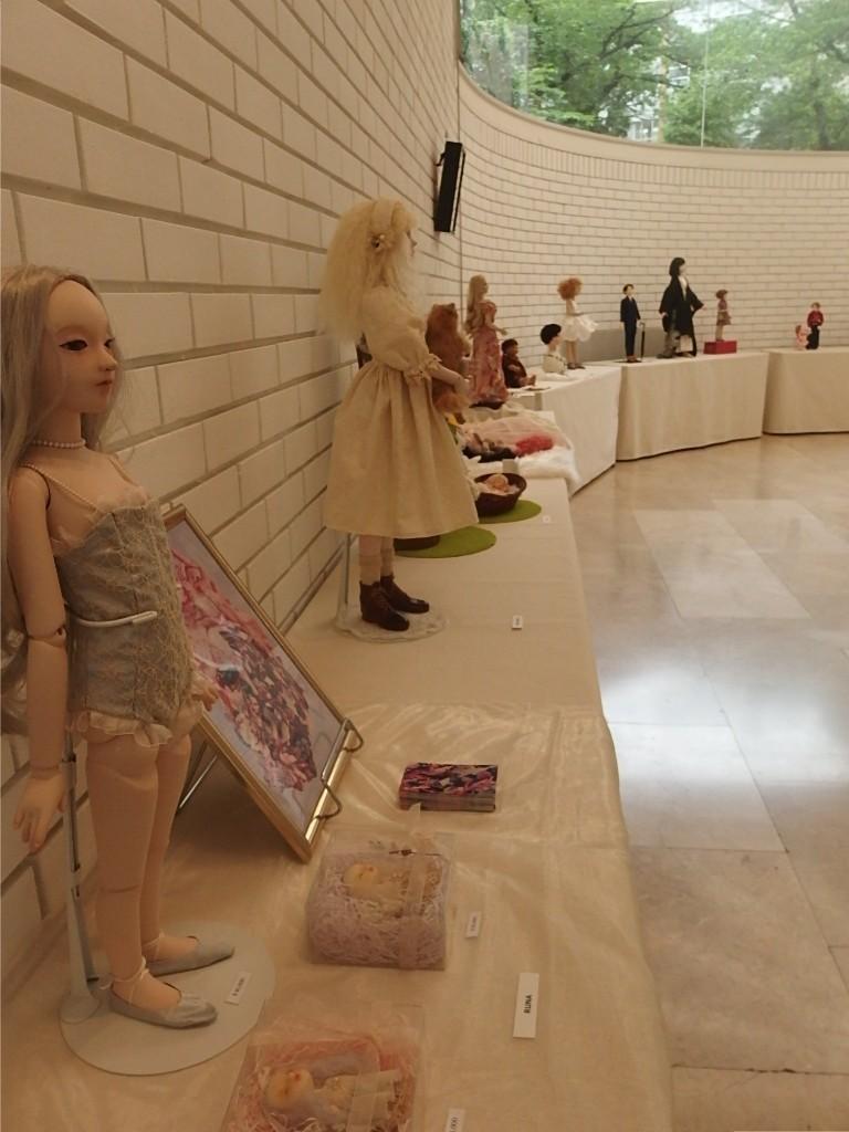 『エコール・ド・シモン同窓生による人形&作品展』開催中_d0079147_16234445.jpg
