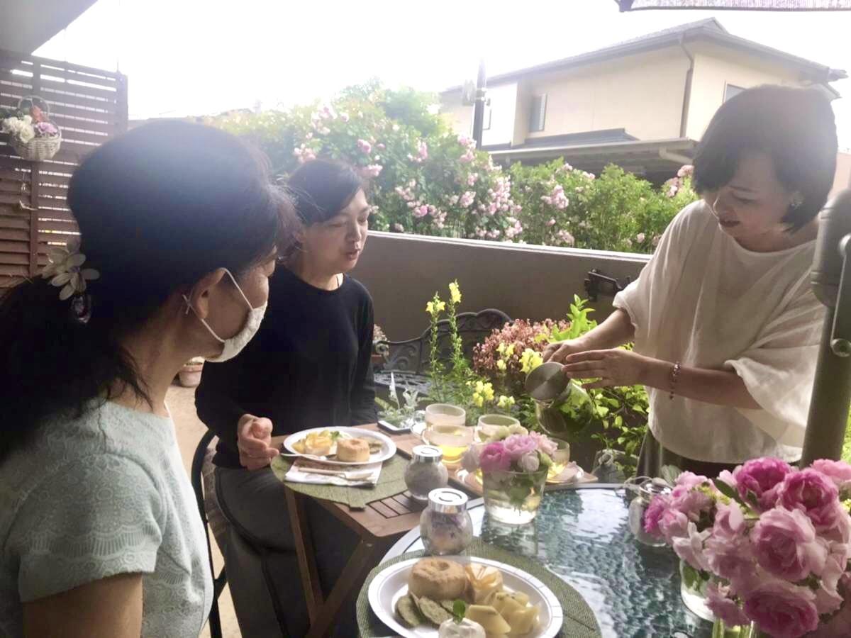 薔薇のお茶会②2021/5/17_d0085018_17354670.jpeg