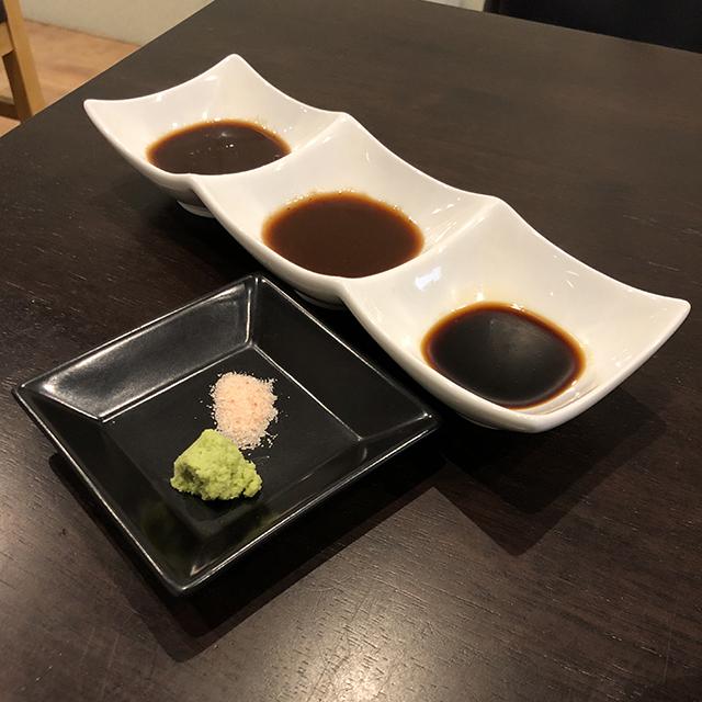 とんかつ大野屋の三県食べ比べロースかつランチ_a0349423_10180649.jpg