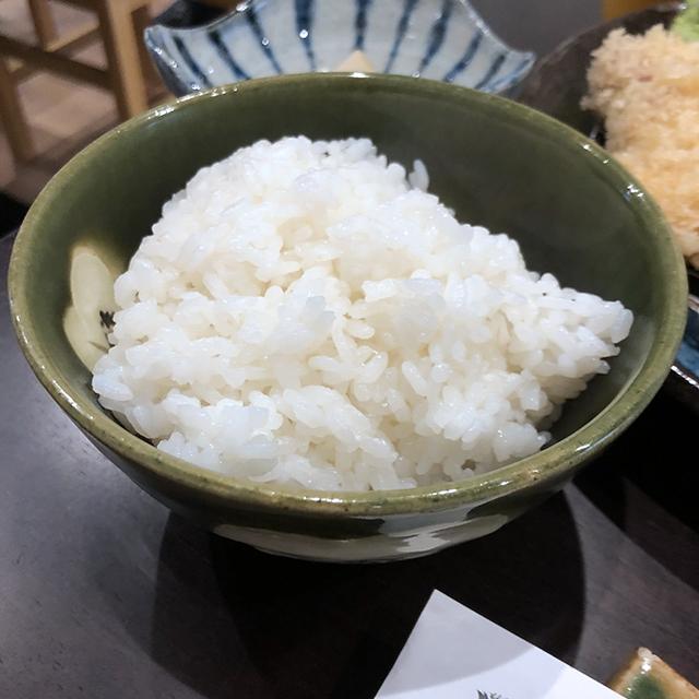とんかつ大野屋の三県食べ比べロースかつランチ_a0349423_10182847.jpg