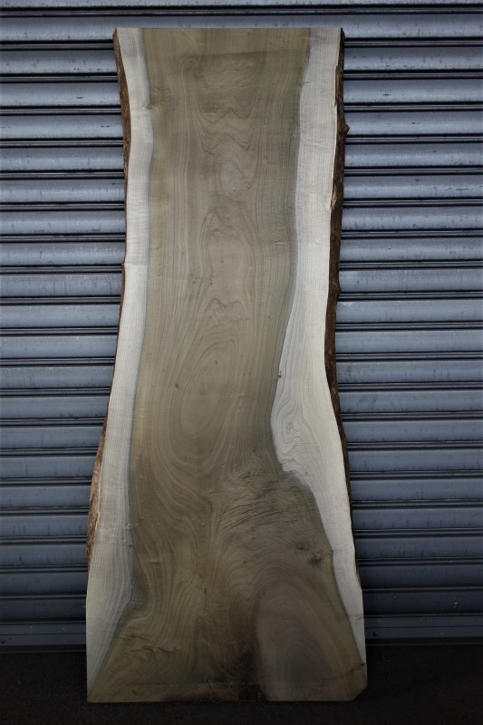 朴(ホオノキ)一枚板 天板用_e0156341_07573097.jpg