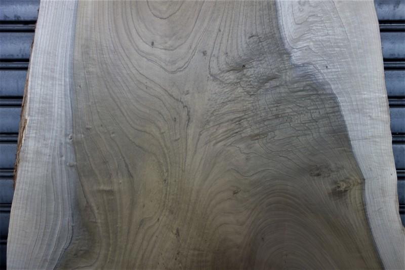 朴(ホオノキ)一枚板 天板用_e0156341_07583339.jpg
