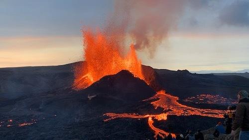 噴火火山見学が面白くて中毒に!_c0003620_09413905.jpeg