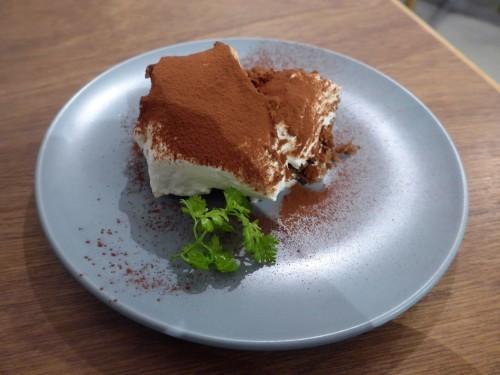 多摩川「hiff cafe ヒフカフェ」へ行く。_f0232060_17573514.jpg