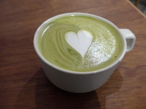 多摩川「hiff cafe ヒフカフェ」へ行く。_f0232060_17573801.jpg
