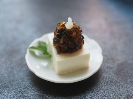 ピータン豆腐の冷奴_e0148373_19280417.jpg