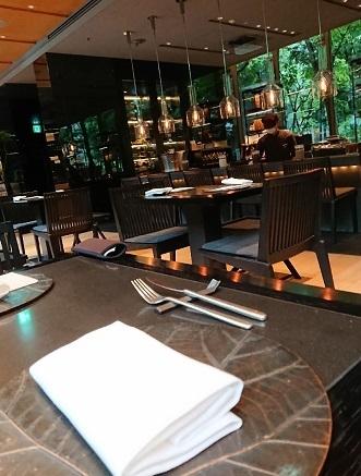 アマン東京 ザ カフェレストラン_a0264383_10222464.jpg