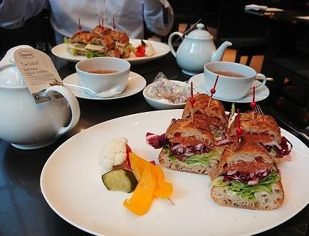 アマン東京 ザ カフェレストラン_a0264383_10064961.jpg